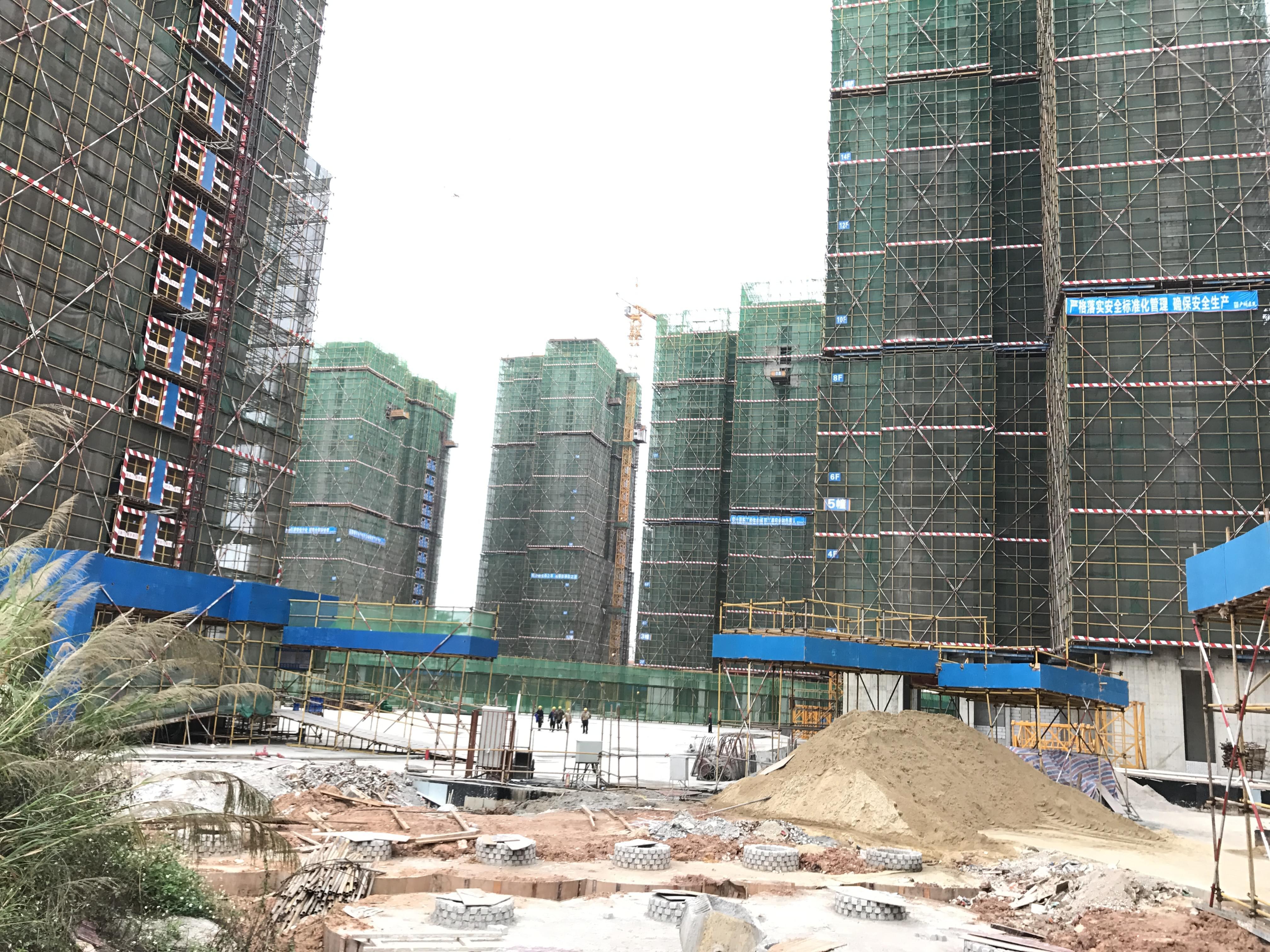 惠州小区绿化之半岛一号施工现场