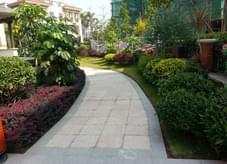 高标准之园林绿化造就高档舒适居住区绿地
