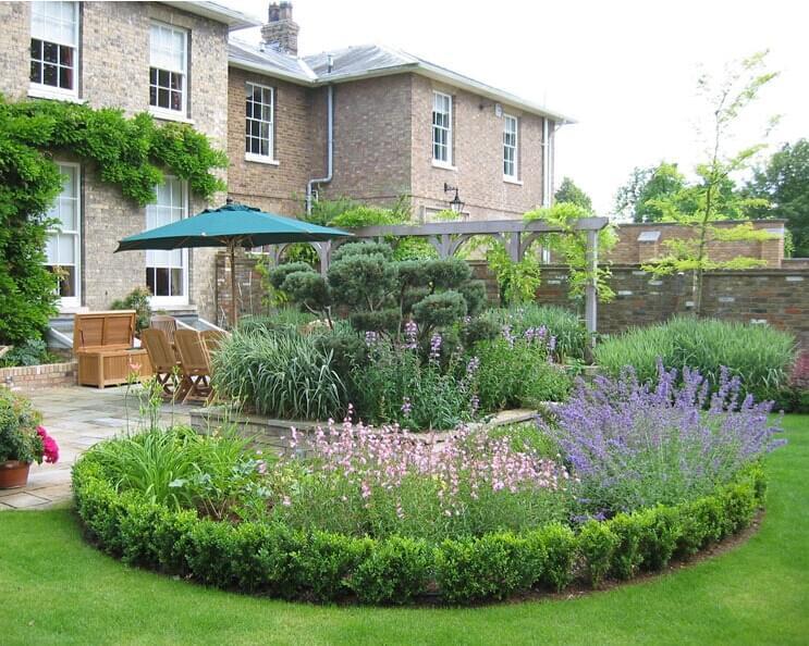 大气优雅的英式别墅庭院来袭,地产景观设计你hodl的住吗